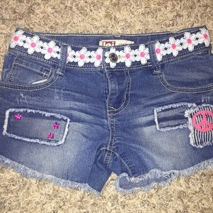 Other - Girls l.e.i shorts🌸